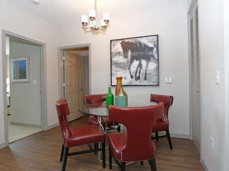 TGM Ibis Walk Apartments Dining Room